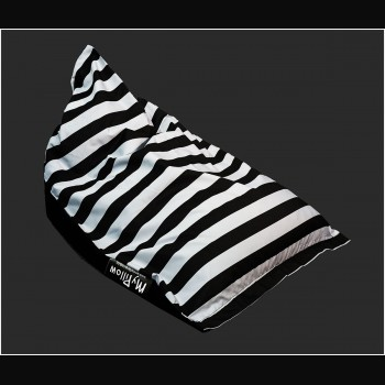 Thick black and grey stripe...